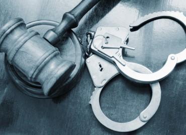 issues-crime-cuffs-370x270