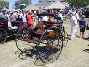 Hierdie 1886 Benz maak deel uit van 'n  spesiale uitstalling wat tydens die 2017 George Oumotorskou te sien sal wees, en wat fokus op voertuie wat in Duitsland vervaardig is. Vanjaar se George Oumotorskou vind op 11 en 12 Februarie op die terrein van die PW Botha Kollege op George plaas.