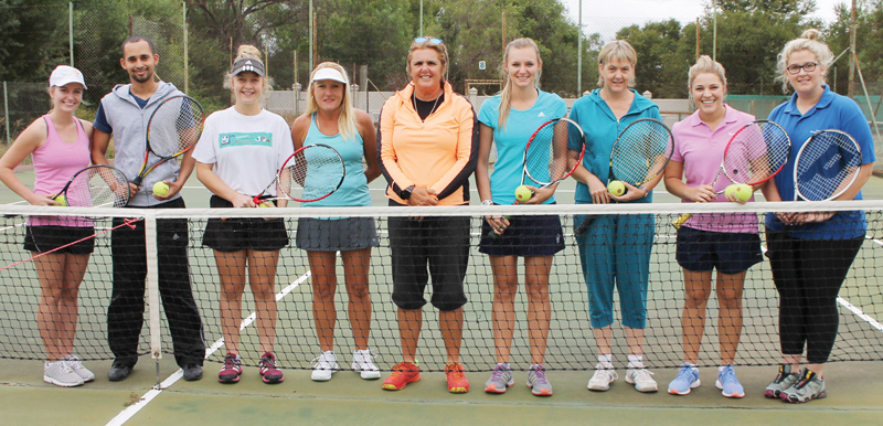 Tennis SA bied tenniskursus aan