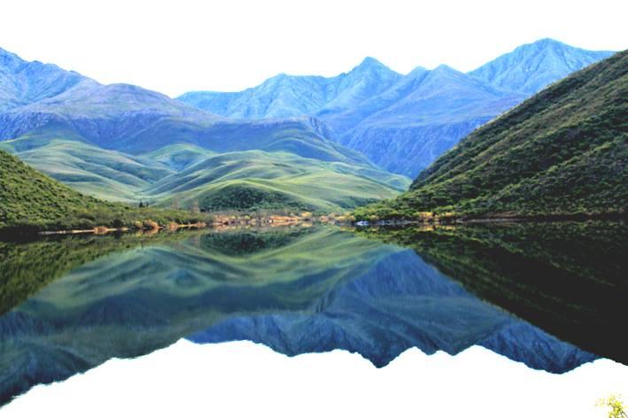 Hoër damwal en nuwe pype vir dorp