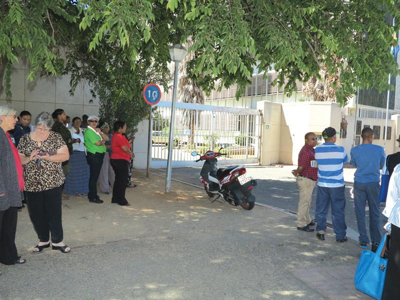 Polisiekantoor kry twee bomdreigemente