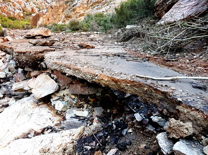 Prins Alberters gevra om water te spaar na flitsvloed se vernietiging