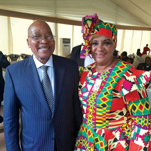 Nombeko Grootboom en pres Jacob Zuma. Foto's verskaf