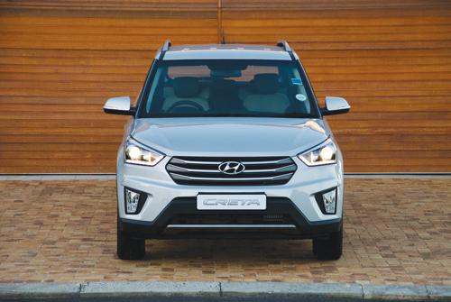 Die nuwe Hyundai Creta wat so pas in Suid-Afrika bekend gestel is. Die Creta is 'n voorwielaangedrewe kompakte sportnutsvoertuig wat 'n 1,6-petrolenjin sowel as 'n 1,6-turbodiesel-enjin bied. Die petrolmodel kom met 'n sesganghandratkas of 'n outomatiese sesgang- ratkas uit en die turbodiesel met 'n outoma-tiese sesgangratkas. Die petrolenjin se maksimum kraglewering is 90kW teen 6300 rpm en 150 Nm wringkrag teen 4850 rpm. Die dieselturbo se maksimum-kraglewering is 94kW teen 4000 rpm en 260 Nm wringkrag teen 2750 rpm. Die goed toegeruste Creta se prys wissel van R319900 tot R369900. Vir meer inligting besoek gerus Oudtshoorn Hyundai.