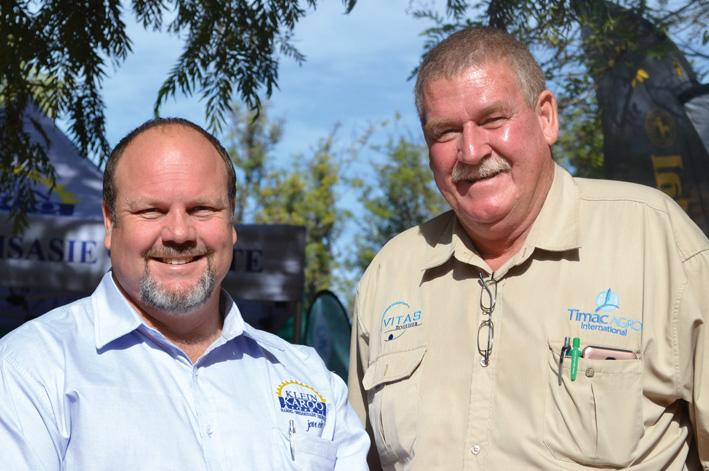 Kobus Theron en Chris Botha wat die inisiatief geneem het om die Kango Agri Expo te reel. Foto: Tisha Steyn