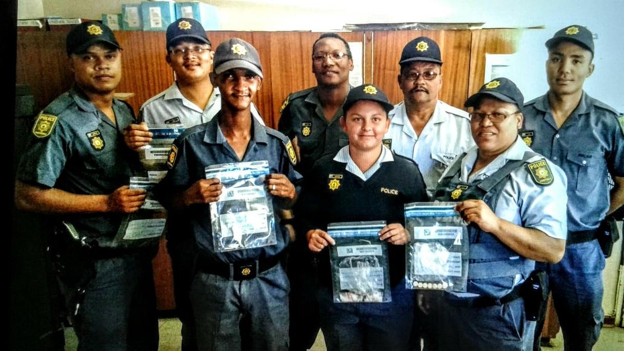 Ladismith Polisie lê beslag op dwelms