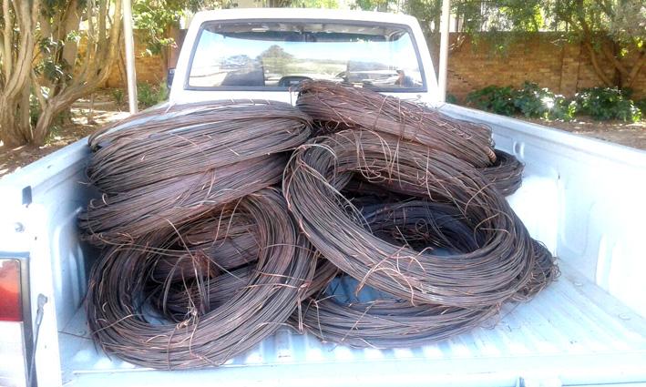 Twee vas ná kabeldiefstal van R100 000