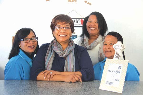Van links: Vanessa Manuel, Rachell Radebe (eienaar), Elizabeth Erasmus en Sheroline de Villiers. Foto:  Wyndham Ewerts