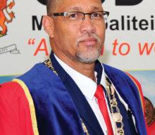 Sylvester in buiteland om meer te leer oor plaaslike regering en ekonomiese ontwikkeling