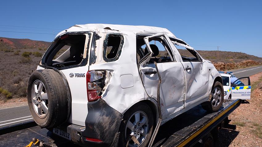 Twee ongelukke buite Oudtshoorn oor Sondag-middaguur