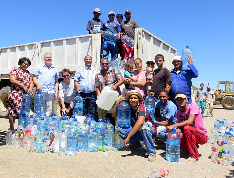 150 000 liter vir droë dorpe!