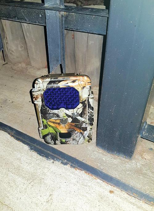 'Dophou'-kamera  voor huis Dinsdag deur polisie verwyder