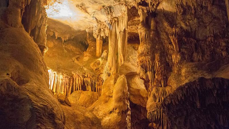 Kango Grotte een van land se 23 mooistes