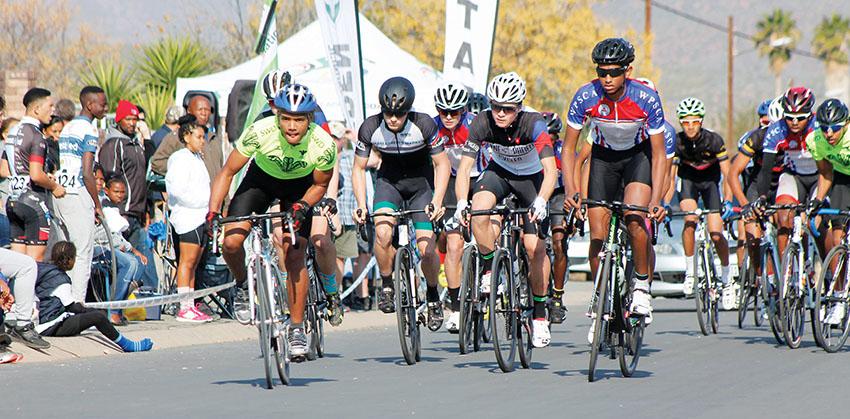 Jong fietsryers van oraloor by Sportfees