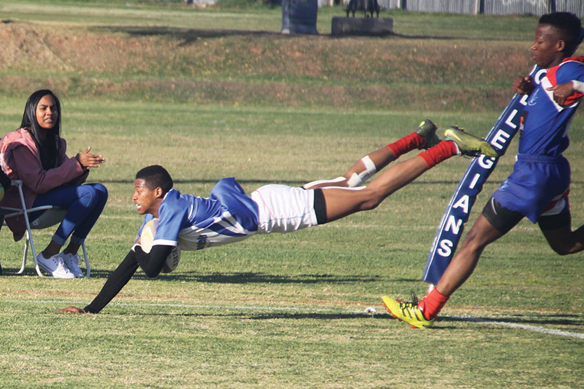Collegians looi Willowmore