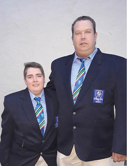 Twee Protea-veerpyltjiespelers van Oudtshoorn wen goud