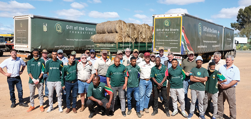 Gift of the Givers bring voer na Oudtshoorn