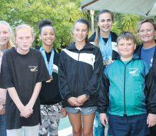 Ses swemmers van Freda Barnard Swemskool neem deel aan 37ste swemgala