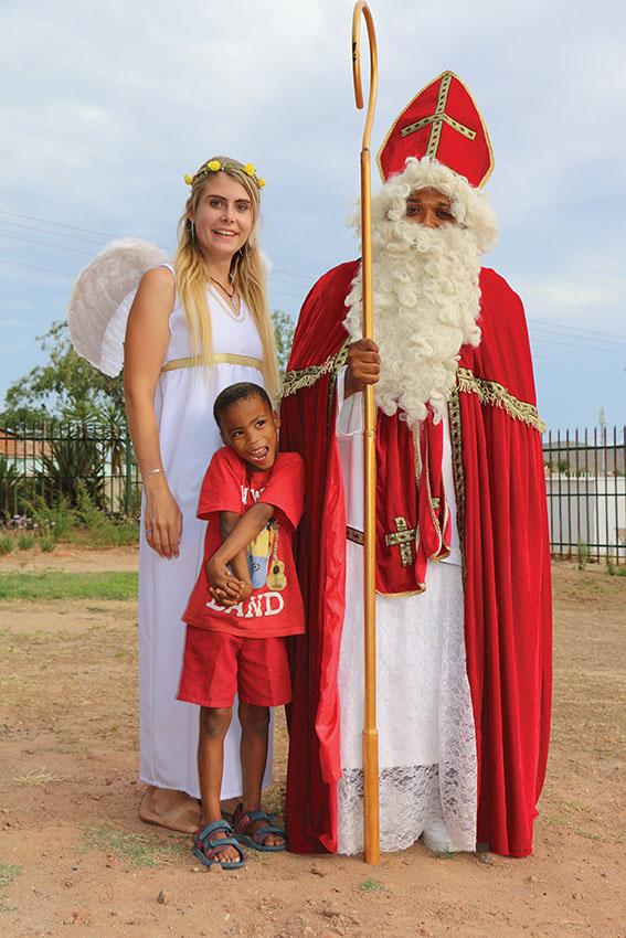 Sinterklaas en feetjies sorg vir opwinding by St Luigi Scrosoppi Sorgsentrum!
