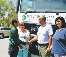 50 000 liter water van Gift of the Givers vir Kannaland