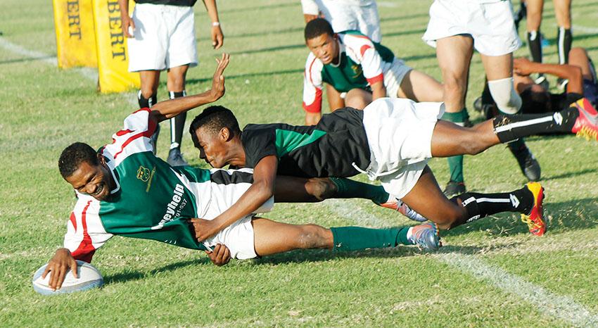 Kango United klop Glen Roses in 'n SWD Karoostreekligawedstryd