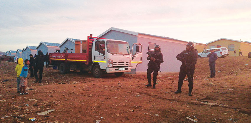 Rooimiere help in Rosevalley
