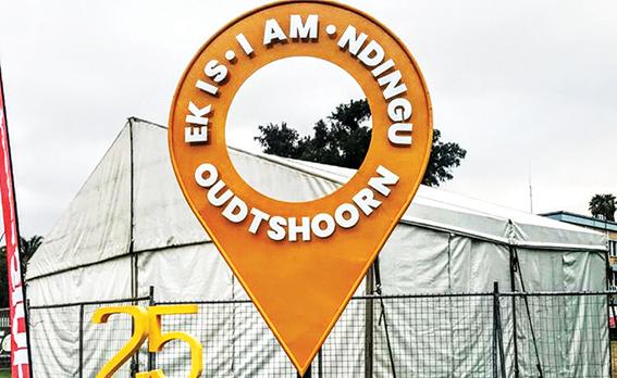Ek is Oudtshoorn gaan nou hier besoekers verwelkom
