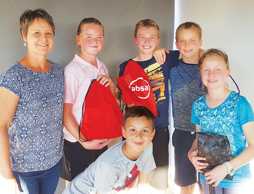 Die Oudtshoorn Junior Muurbalklub sluit kwartaal af met vriendskaplike wedstryd